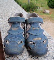 Dječje sandale 27