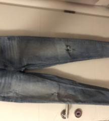 Zara traperice kao nove