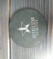 Jeffree Star x Manny MUA Eclipse highlighter