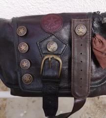 Mala Converse smeđa torbica