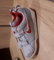 Nike tenisice  vel.34