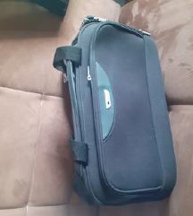 DELSEY,  veća sportska torba
