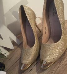 Šljokičaste zlatne cipele na petu