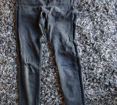 Zara traperice crne