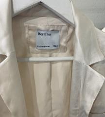 Bijeli Bershka wrap blazer / sako