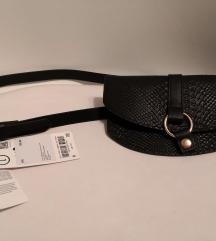 Nova torbica oko struka