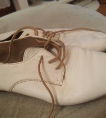 Zara bijele cipele