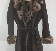 Pravo krzno kaput