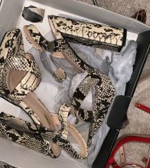 Nove Fashion Nova sandale