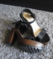 (% sniženo) sandale na visoku petu