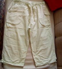 Krem capri hlačice