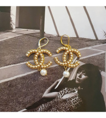Zlatne visece Chanel nausnice