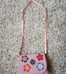 Nova roza torbica (40 kn, poštarina uključena!)