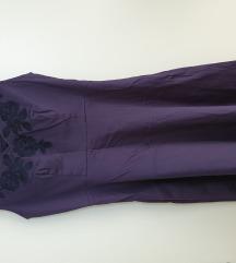 Izvezena haljina s masnicama na ledjima