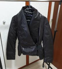 Armani crna jakna,br.38
