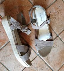 Bež sandale