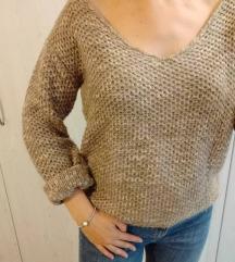 Predivan pulover :)