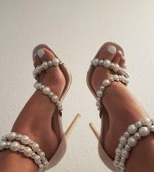 Štikle sandale cipele  bež 37
