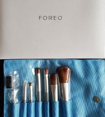Foreo Cosmetic Brush Set u kutiji