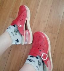 Crvene anatomske papuce 38