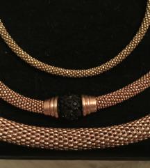 Srebrne narukvice s rose gold pozlatom