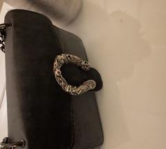 Siva plisana torbica