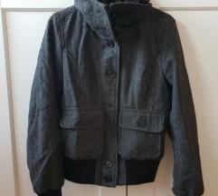 H&M zimska jakna vel. 36