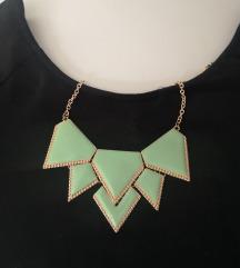 Zelena svečana ogrlica