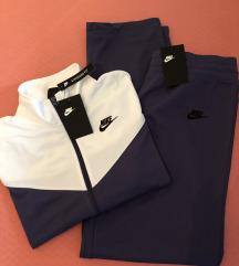 Nova ženska Nike trenirka - komplet
