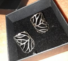 Dva pstena-srebreni i zlatni