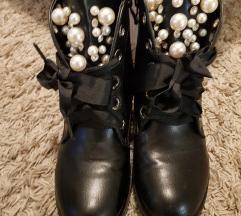 Čizme s biserima