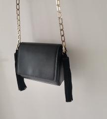 Zara mini crna torba