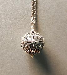 Ogrlica sa dubrovačkim botunom