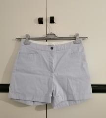 Kratke HM hlače prugice