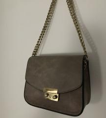 H&m prljavo smeđa torbica