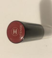 Chanel intense ruž