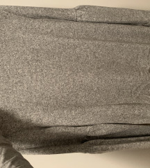 Zara sivi pulover