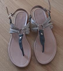 Kao nove sandale :D