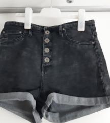 Crne kratke hlače (veličina M)