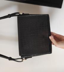 Crna torbica Zara