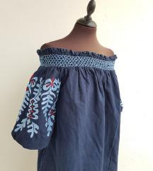 ZARA plava off shoulder izvezena haljina