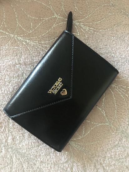 Victoria Seceret Clutch torbica s postarinom