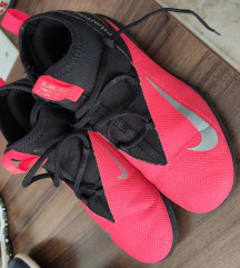 Nike Tenisice/kopacke za dvoranu sa carapom