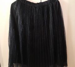 Crna svjetlucava suknja