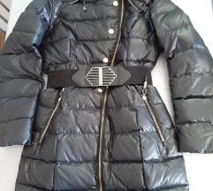 Pernata jakna M