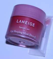 REZERVIRANO Laneige lip sleeping mask