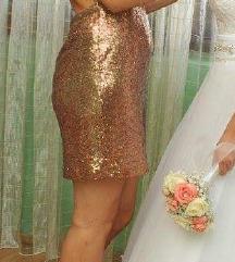 Zlatna haljina snižena na 350kn