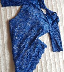 Plava haljina otvorenih leđa