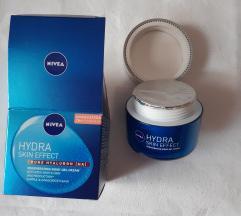 Nivea Hydra Skin Efekt  noćna gel - krema