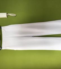 Bijele hlače trapez